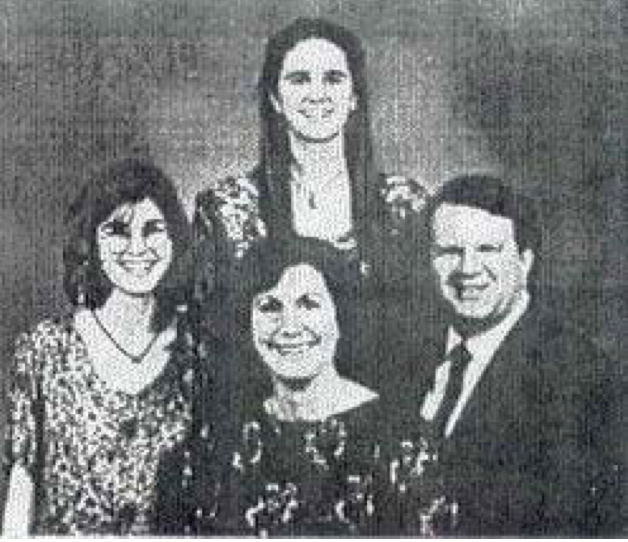 Lynne and Eric with daughters Allison and Diane photo